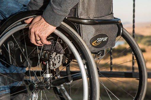 wheelchair 749985 340