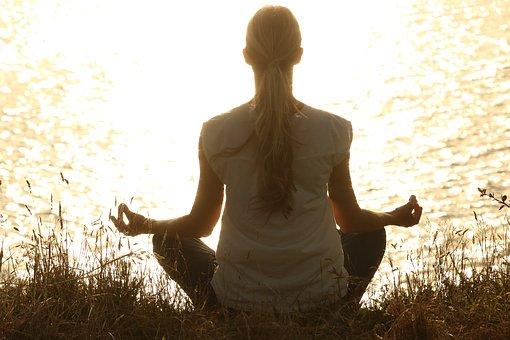meditate 1851165 340